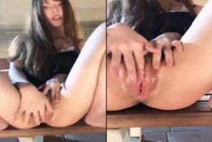 【羽沫】羽沫高鐵臺中自拍性愛影片外流-自慰白虎無毛嫩穴近拍無碼一覽無遺